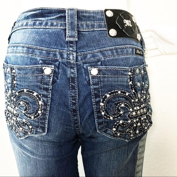b16a26d4f17 Miss Me Fleur De Lis Pocket Boot Cut Jeans Stretch